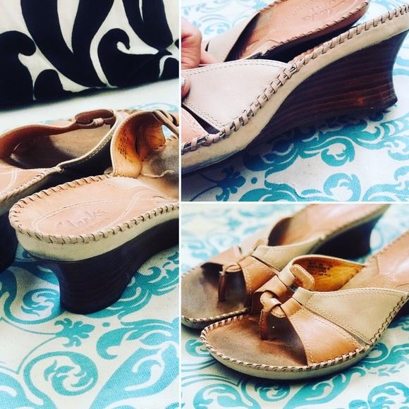 6b969d50ea9b Clarks Shoes - Clarks Artisan Sandals Leather Tan Beige Sz 8M GUC
